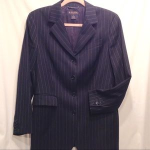 Brooks Brothers career suit size 10 w/ skirt